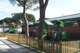 Camping Bella Terra has created a new playground with two zones with play equipment